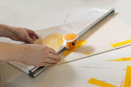 Rotary Cutter & Ruler Combo: 45mm Diameter: (6 x 24 in)15 x 61cm